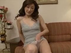 おばさんの中出し動画