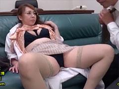 患者の性欲を解消させる女医