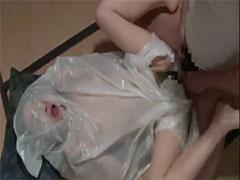 嫁にビニール袋被せてセックス